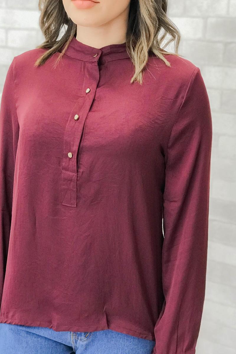 Foto do produto  Camisa Fem. Fk Vinho