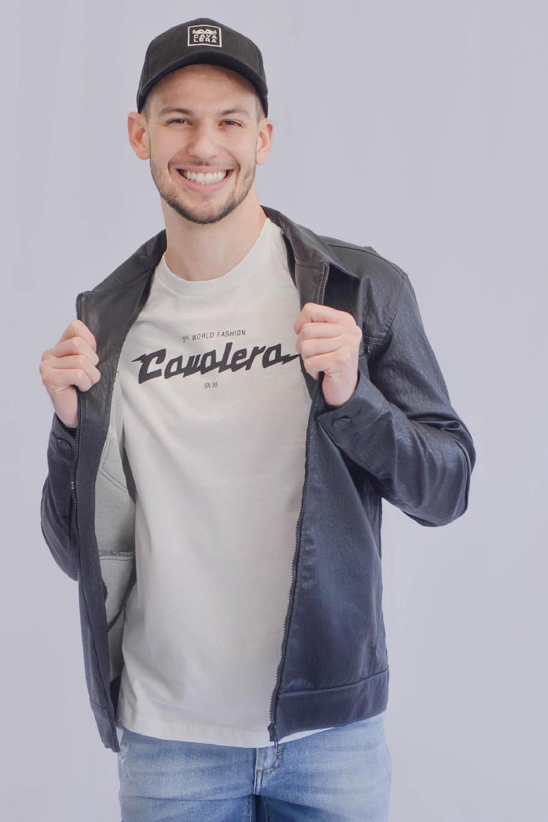 Foto do produto  Camiseta Cavalera Branco